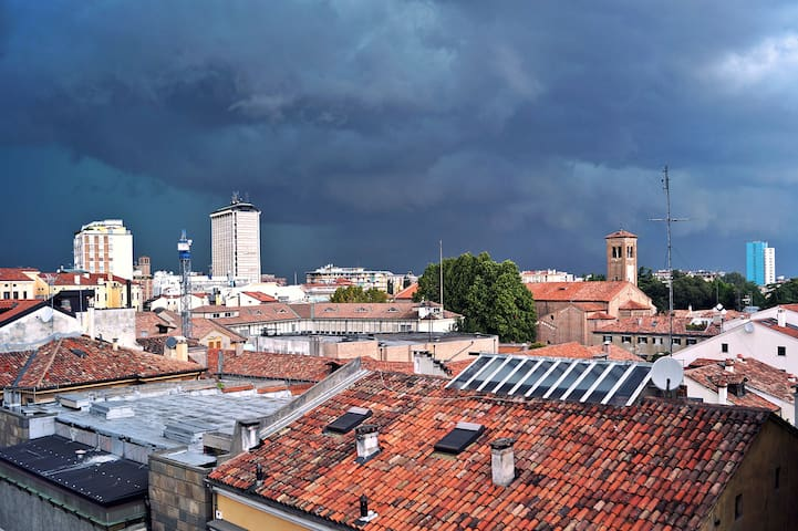 *In the heart of Padova with panoramic view*