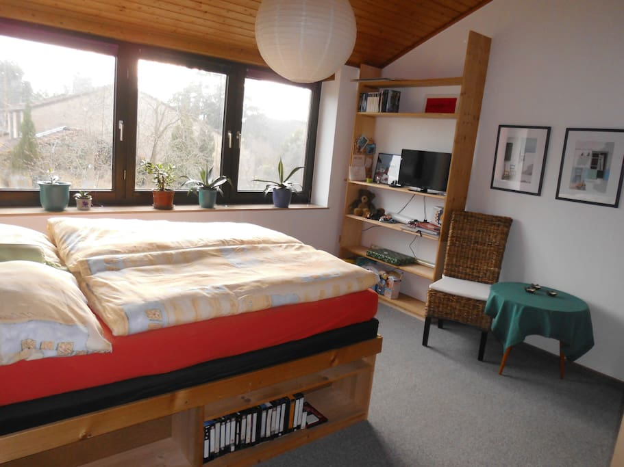 Helles freundliches zimmer chambres d 39 h tes louer for Chambre hote allemagne