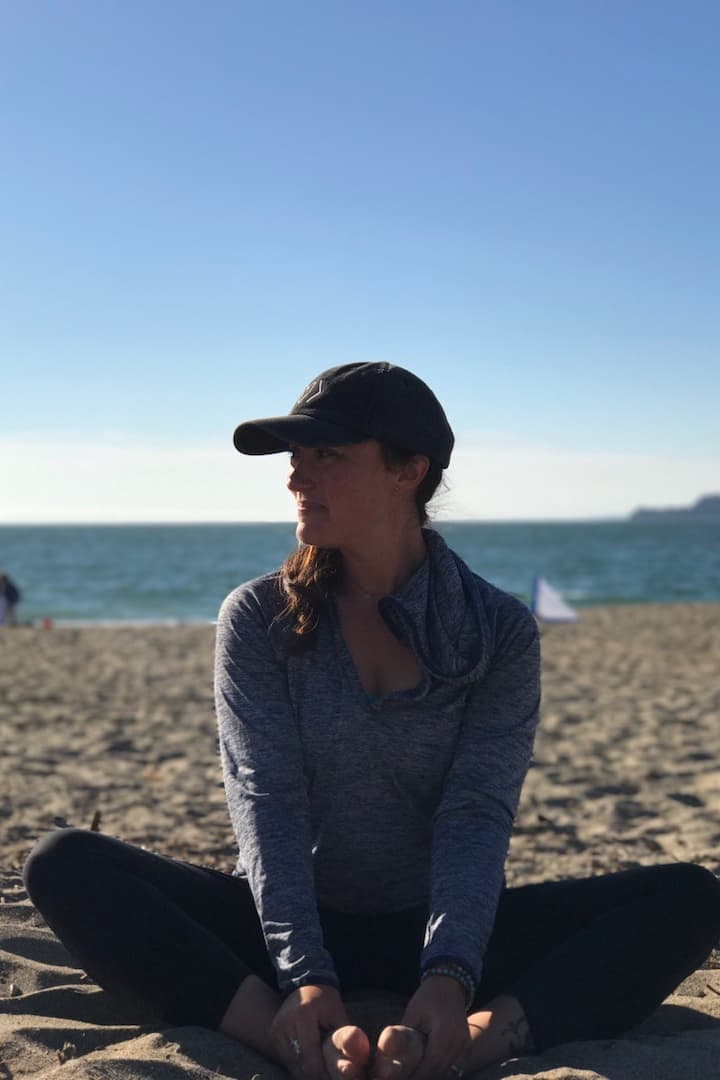I'm the Bay Area's outdoor yoga expert