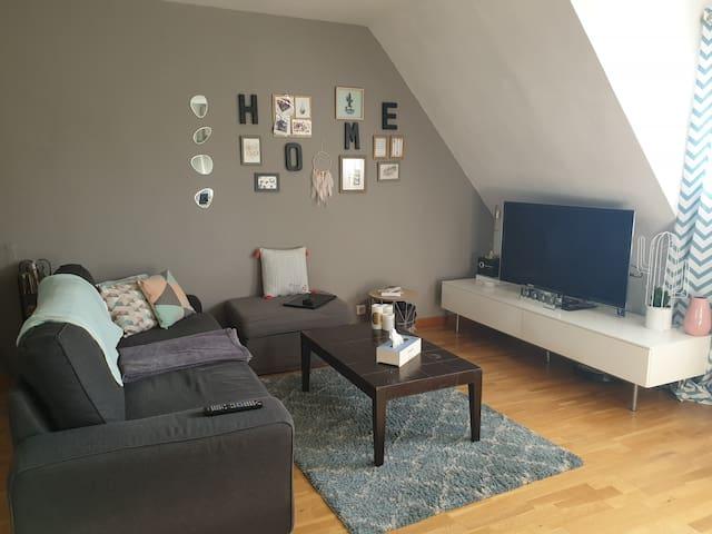Duplex cosy dans résidence arborée