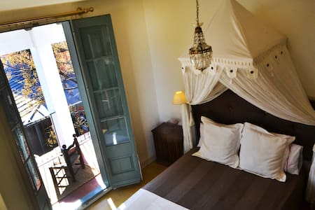 Villa Agua de Sal_hab doble  - Castell-Platja d'Aro - Bed & Breakfast