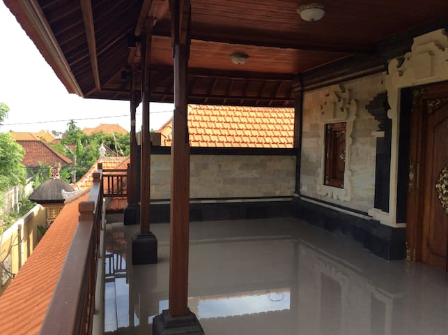 Sairas Home in Sanur near the beach and rice field - South Denpasar - Casa