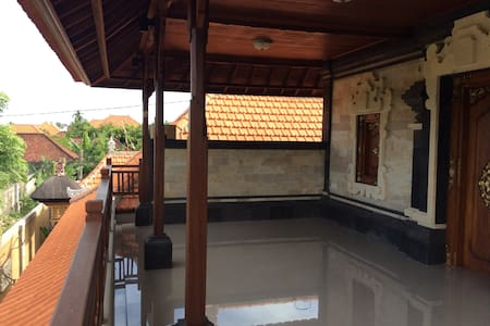 Sairas Home in Sanur near the beach and rice field - South Denpasar - Dom