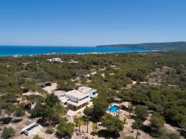 iFlat | Villa Leonor in Formentera