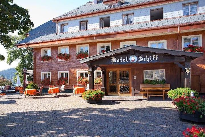 Hotel Schiff am Schluchsee, (Schluchsee), Einzelzimmer Klassik