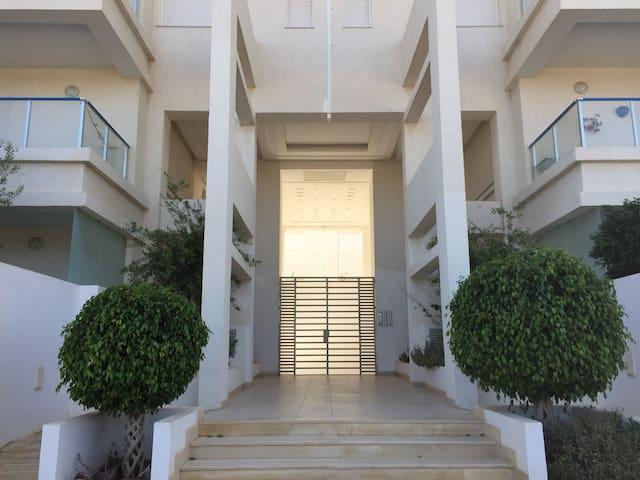 Chambre privée dans un appart luxueux-Hammam Nord