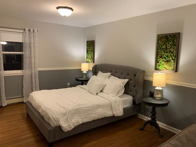 Woodland Guest Suite with private entrance