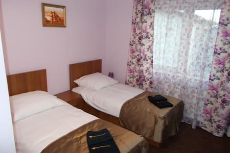 Pokój 2 osobowy - 2 Łóżka Pojedyńcze 90x200 - nr 4 - Grodzisk Mazowiecki - Villa