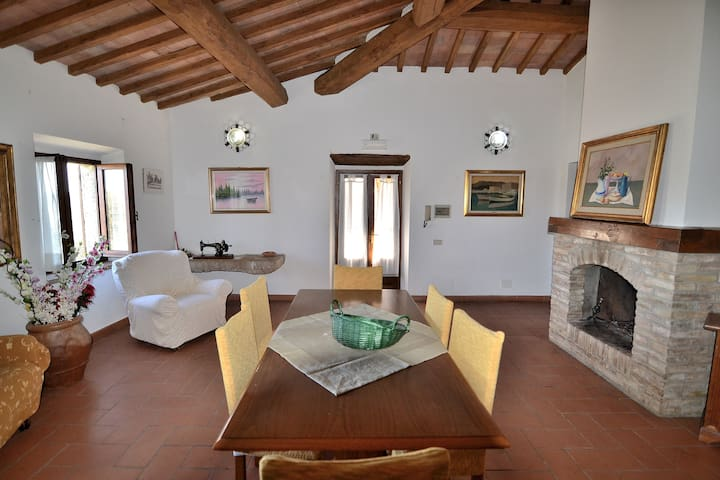 Rural Big Apt in the real Farmhouse - Colle di Val d'Elsa - Apartamento