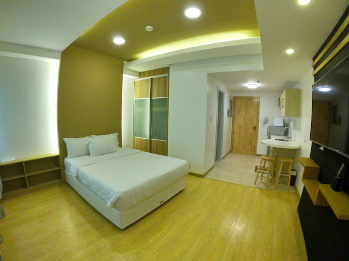 526 Cozy Deluxe Studio - Hotel Managed