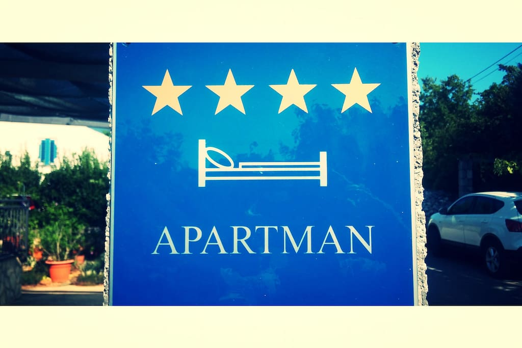 Apartment has a 4 stars category.