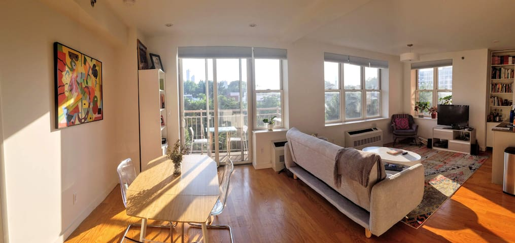 Spacious, Light-Filled with Skyline Views