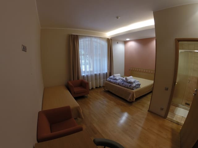 Private space, Center of Tallinn(queen+single) nr2