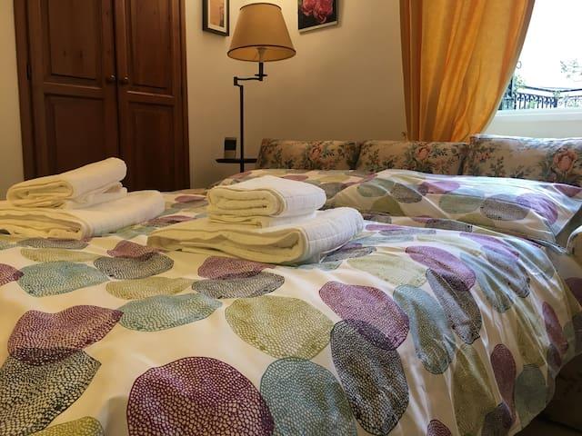 The sofa bed - il divano letto