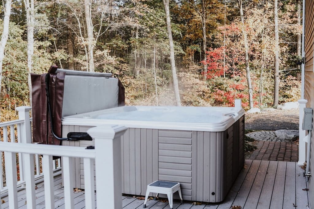 Or enjoy the jetted hot tub! The hot tub is located on the upper deck.