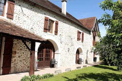 Gorgeous converted bergerie in peaceful location