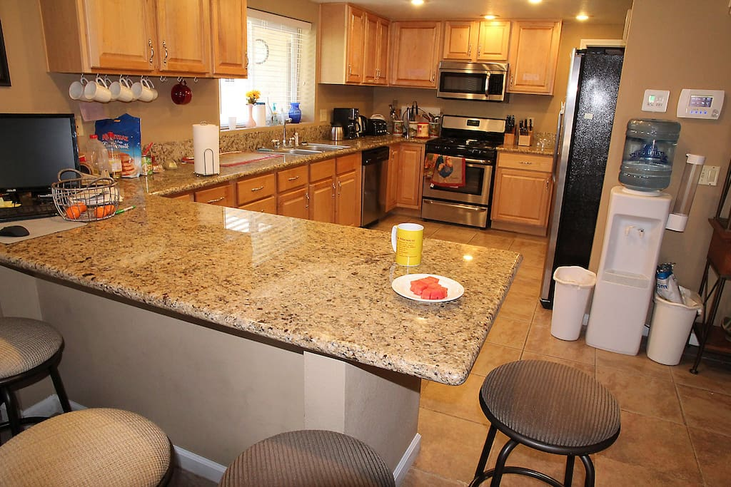 A large dine-in kitchen!