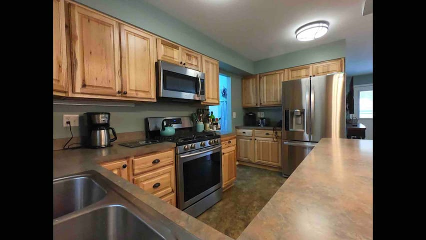Close to town, Kenai River, Quiet and comfortable.