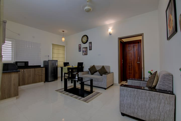 1BHK Apartment With Kitchen Facilities