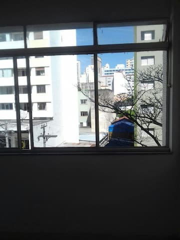 Quarto Individual em Perdizes com vista pra rua