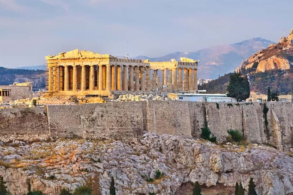 Akropolis in the afternoon.
