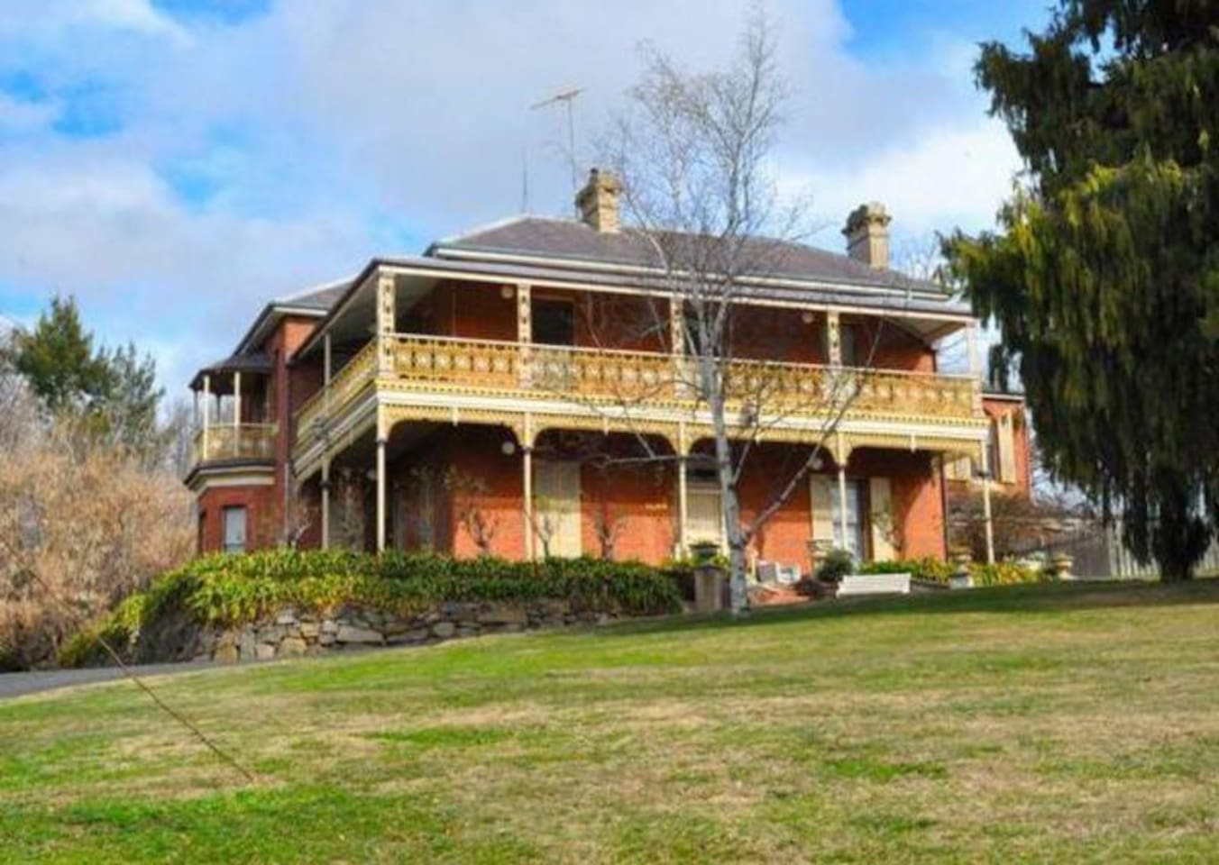 Delawarr - Proudly overlooking Bathurst for over 140 years