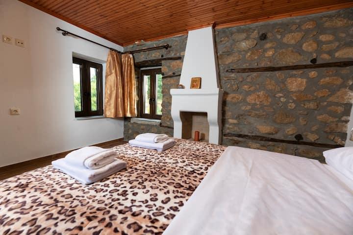 Arhontiko Fotini 3bed Room Meteora Kalampaka