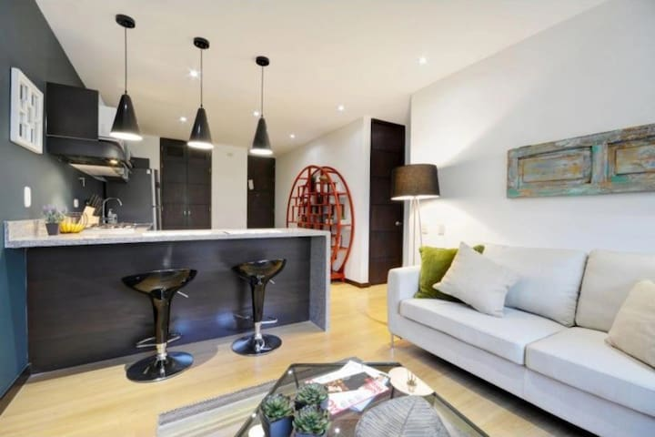 Beautiful apartment in Provenza with city view