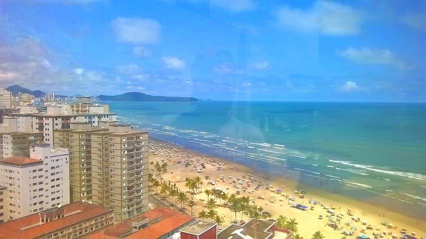 Apto Praia Grande A 50m da areia da praia