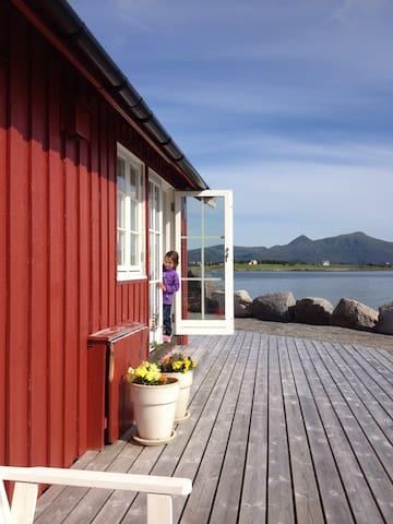 Rorbu med nydelig havutsikt - Vestvågøy - Cabin