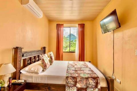 WilsonRooms Hot Springs Fortuna  Vista Volcán #2