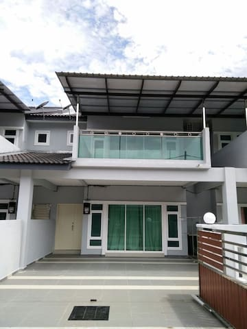 Hi 5 Pangkor Mutiara - Pulau Pangkor - Rumah