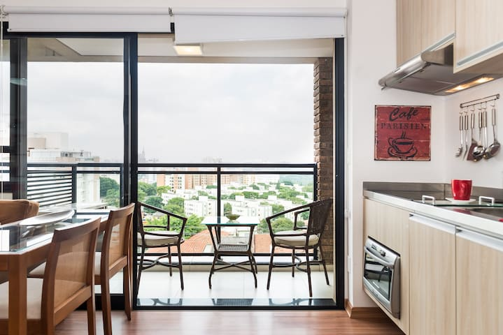 Skyline view, Modern & Trendy Vila Madalena