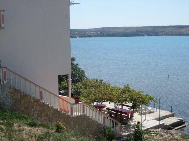 Apartman s pogledom na more - Ljubač - Apartmen