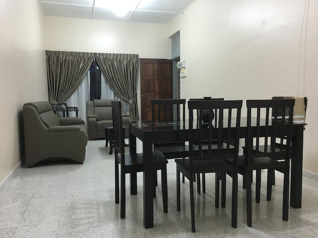 Noble Guest House @ Taiping - Taiping - Apartment