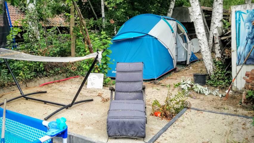 Tent nabij De Schorre (enkel in augustus)