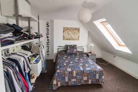 Lovely attic bedroom in Saltburn - Saltburn-by-the-Sea
