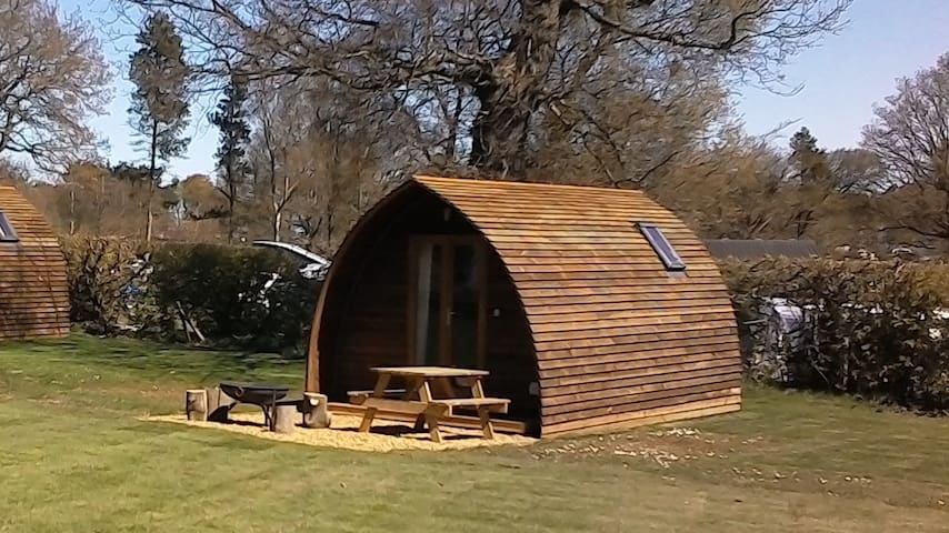 Luxury Glamping Cabin close to Beach