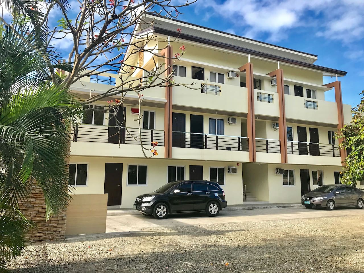 This 2 bedroom unit is located on the 1st floor, door closest to the street.