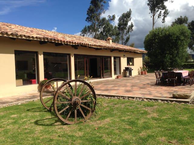 La Morelia Casa Colonial - Guasca - Rumah liburan
