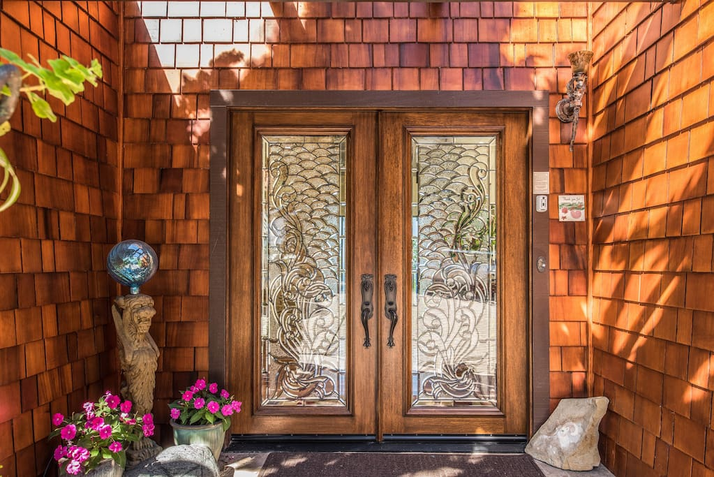 Entrance to this fascinating home.