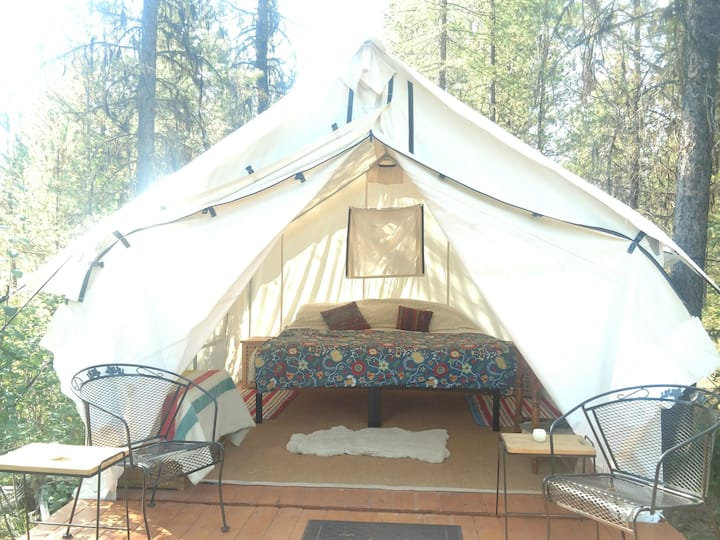 Glamping Tent 2 with Glacier NP view (2 available)