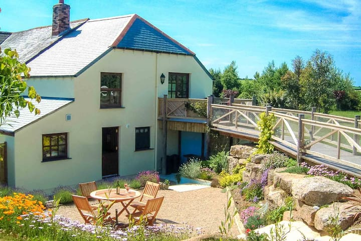 Vineyard Cottage - Treworga, near Veryan - Casa
