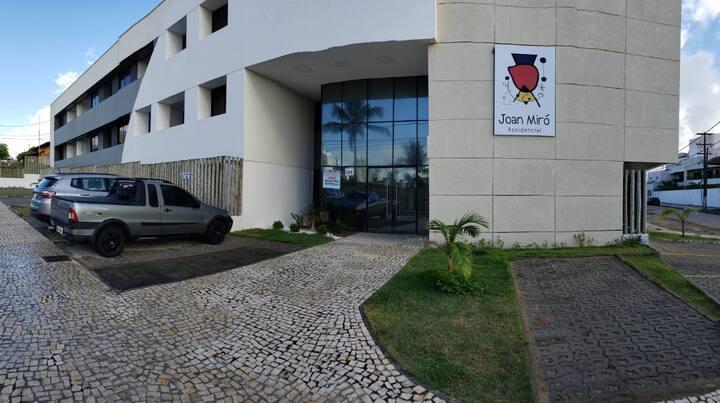 Apartamento com quintal em Ponta  Negra