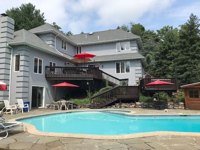 Private Entrance Suite in Berks/Lancaster County