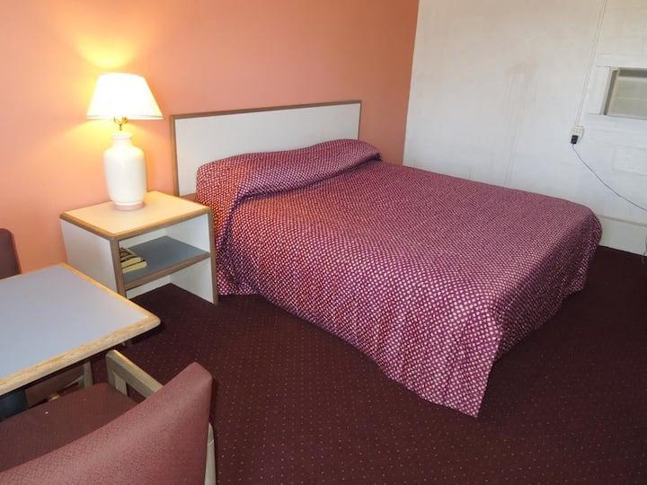 Motel Room-minutes from Atlantic City and Stockton