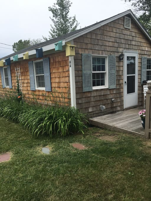 Salty Breezes Cottage Unit A