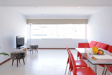 Spacious and comfortable department in VALLECITO - Miraflores - Byt