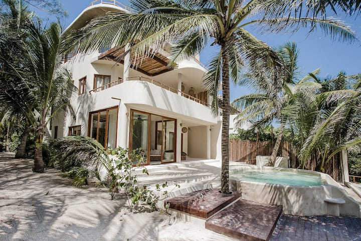 5BR Zorba Villa 5 w/ a Private Pool on Tulum Beach
