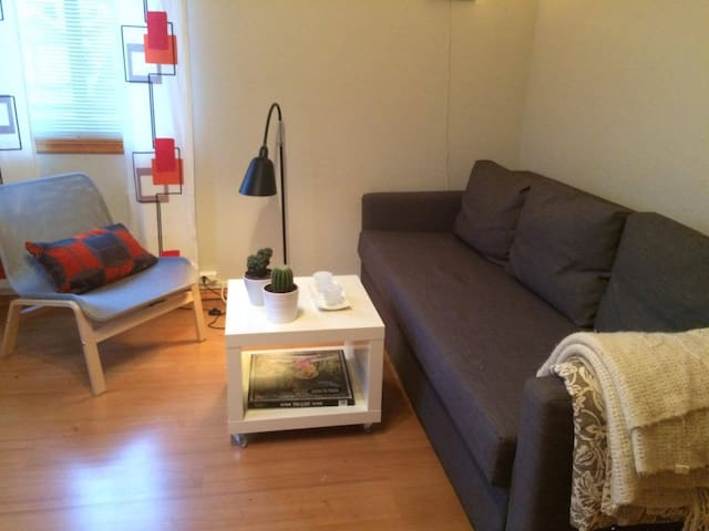 Convenient Room in a Modern House - HAMAR - Ottestad - Casa